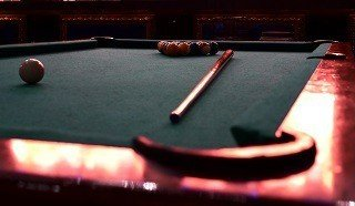 Professional pool table setup in Northampton content img2